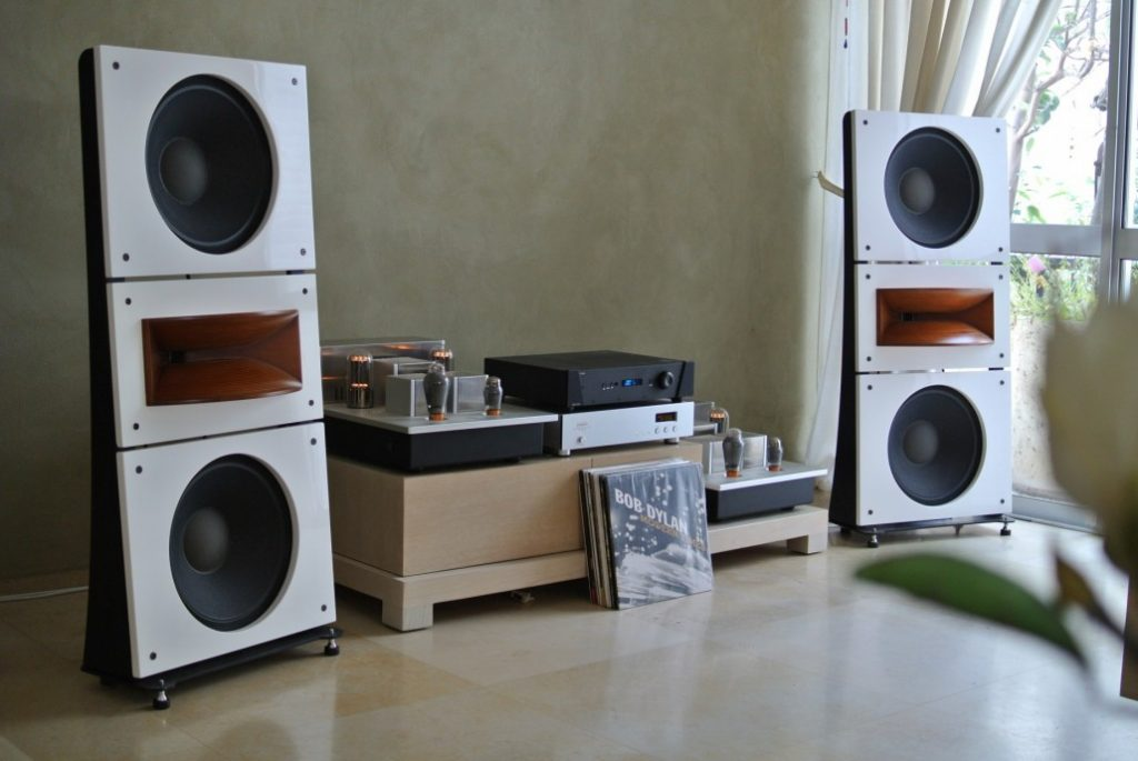 Trio15-PAP-Horn1-Open-Baffle-Speakers-by-PureAudioProject-3681-e1481362739798-1030x689